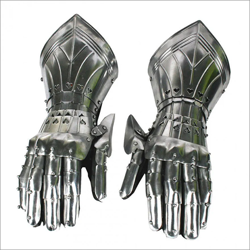 Medieval Knight Armored Gloves