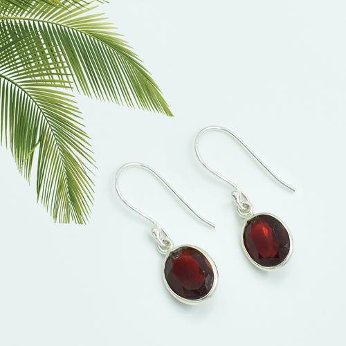 Amazing Garnet Quartz Round Shape Gemstone Earring 925 Sterling Silver Dangle Drop Fashion Earring Weight: 1.8 Grams (G)