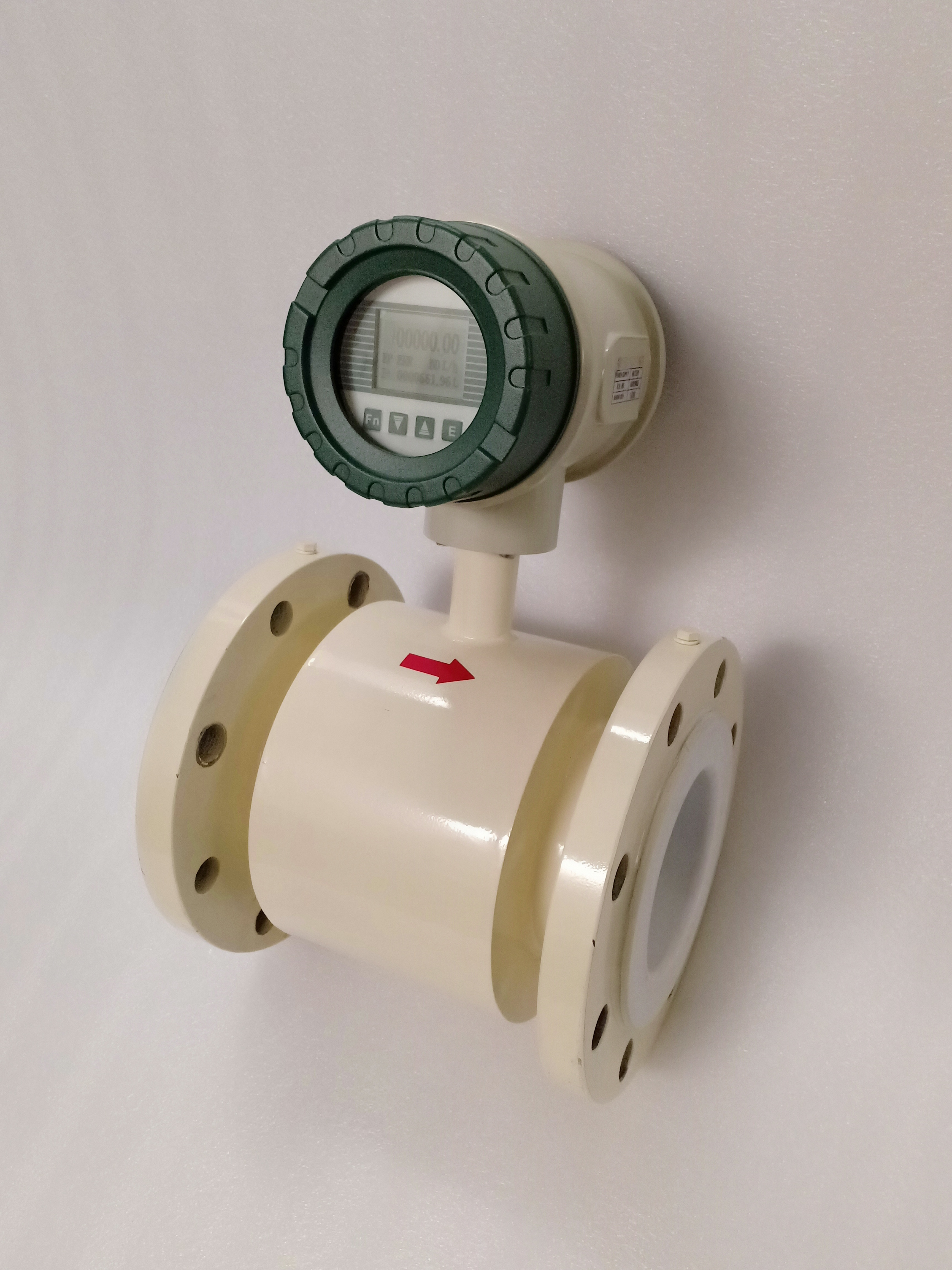 Battery Operated Electromagnetic Flow Meter