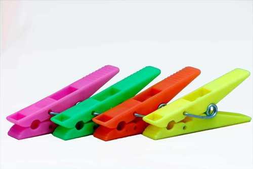 Multicolor Plastic Cloth Clip