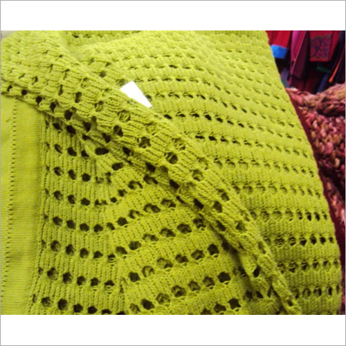 14514 Knitted Throw