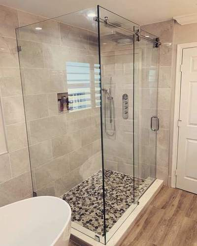 Round Shower Cubicle
