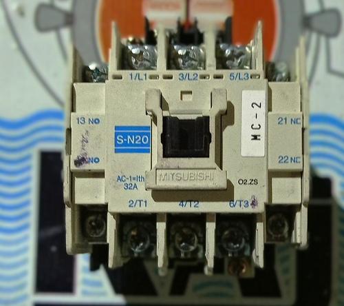 Mitsubishi S-N20 Contactor