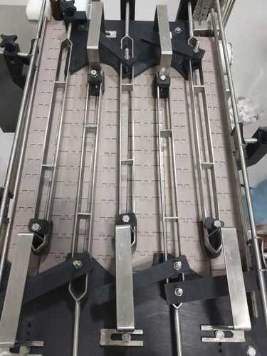 Pharma Bottling Conveyor
