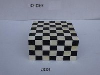 Bone and Horn Inlay Box Black & White Color