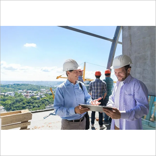Architect Explain Project Plan To Builder Contract