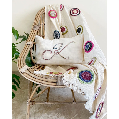 Circular Twine Throw Gift Set