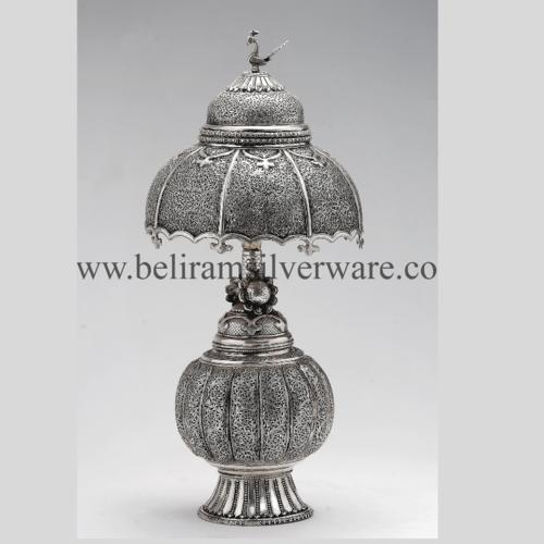 Flower Spheroid Pedestal Antique Silver Lamp
