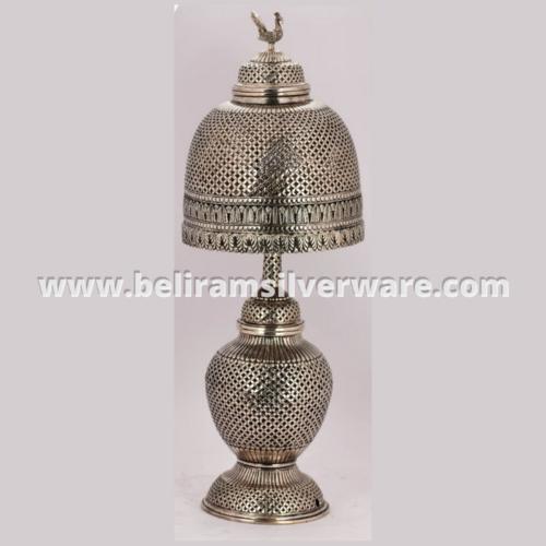 Mesh Design Peacock Silver Lamp