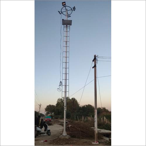 9-12 Mtt Mini High Mast Pole With 150 Watt Flood Lights