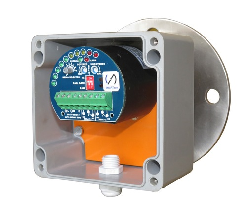 RF Admittance Level Switch with Working Status Indicator