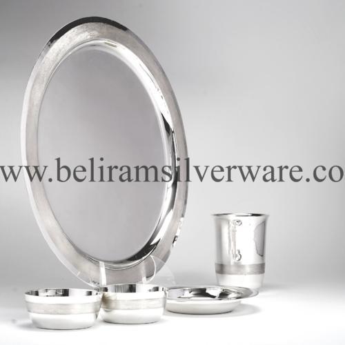 Dull Hammered Circular Silver Thali Set