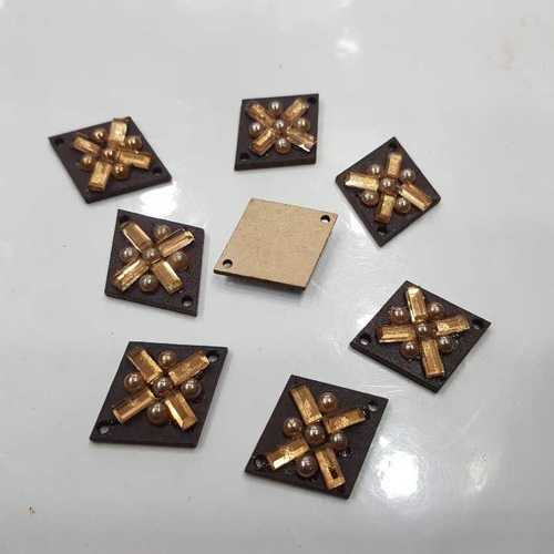WOODEN DIAMOND SHAPE DIAMOND STICK BUTTON