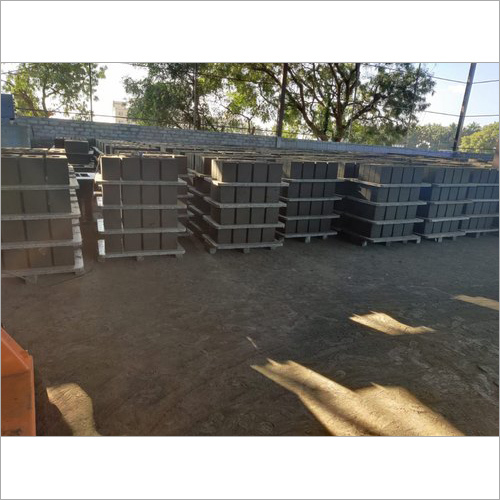 Rectangular Fly Ash Brick Pallet