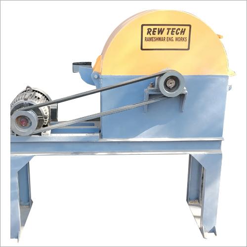 Automatic Wood Crusher Machine