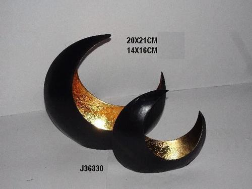 Candle t light holder crescent