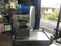 Table Top 2 Hp 165 mm Sugarcane Juice Machine