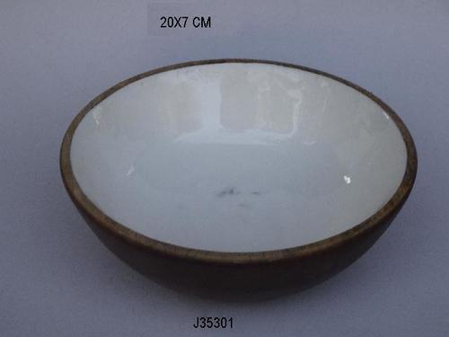 Mango wood bowl with Enamel White color
