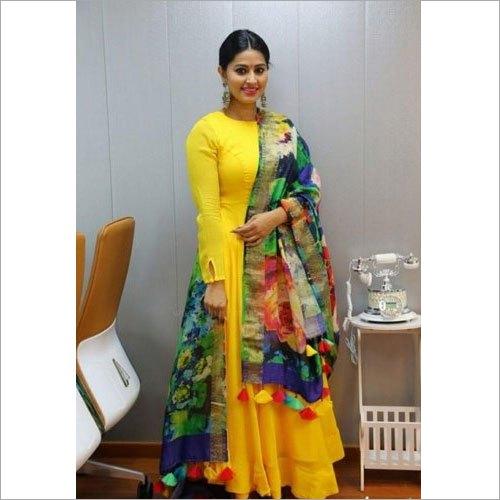 Ladies Designer Plain Rayon Kurti