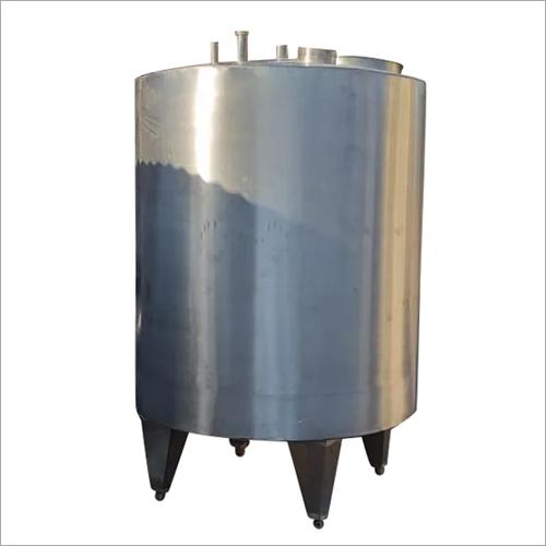 2 KL Vertical Milk Storage Tank