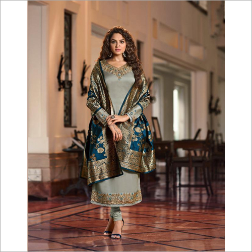 Ladies Zisa Banarasi Suit