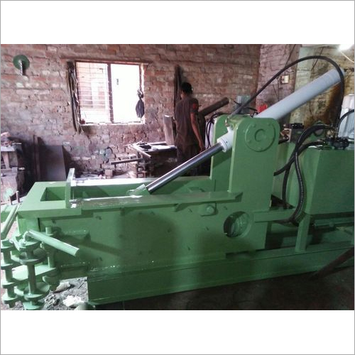 Hydraulic Mild Steel Scrap Baling Press Machine