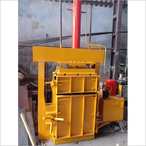 Semi Automatic Scrap Baling Press Machine
