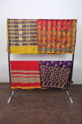 Ss Portable  Cloth Show Room Stands In Gv Residency