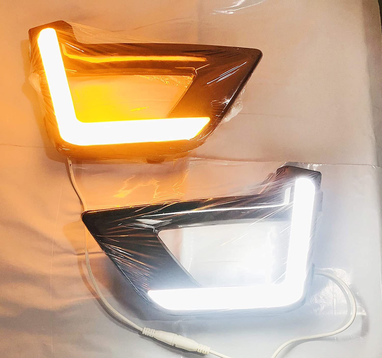 DRL Day Running Light with indicator For New Mahindra XUV300