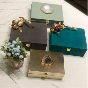 Suede Lockable Decorative Jewelry Gift Box