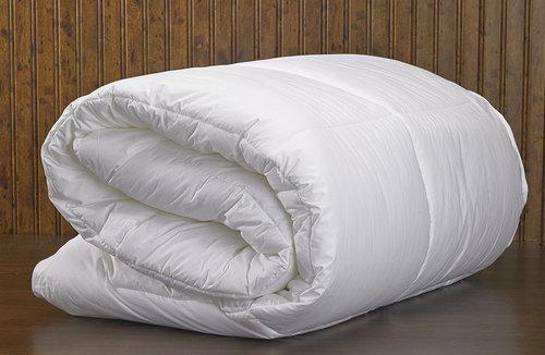 Bed Comforter Manufacturer