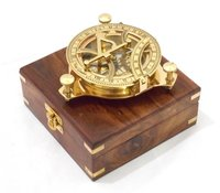 4.5 inch Nautical Sundial Compass With Wooden Box
