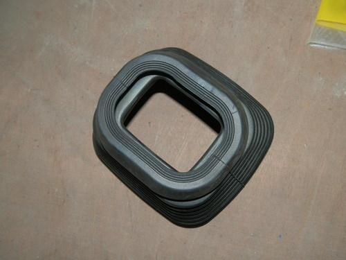 LIEBHERR 10014790 Rubber Bellows