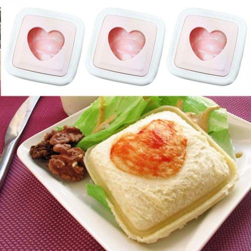 HEART-SHAPED SANDWICH CUTTERS