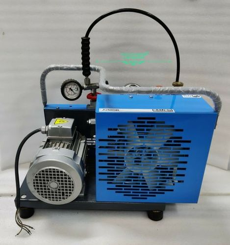 BAUER Junior E Breathing Air Compressor