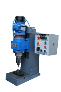 Automatic Riveting Machine