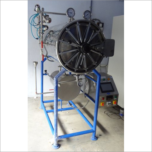 SS Cylindrical Autoclave