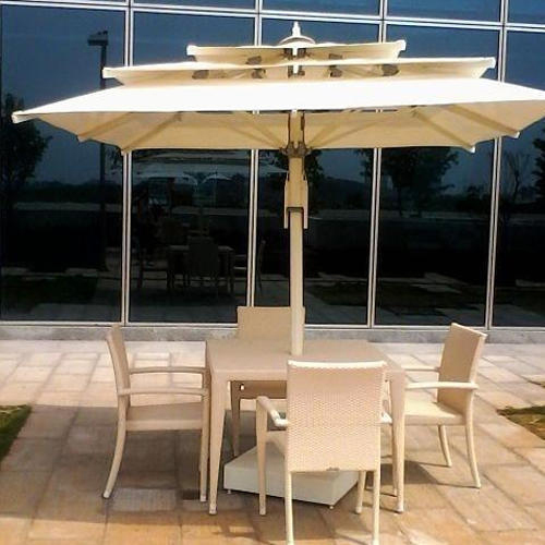 Poolside Table Set With Umbrella