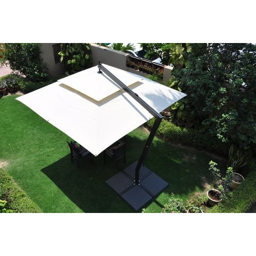 Poolside Patio Umbrella