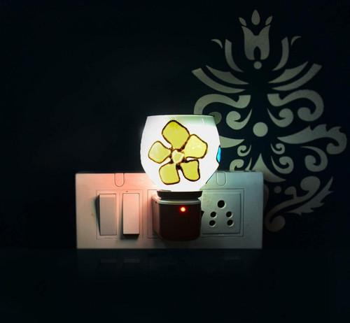 CERAMIC ( 5 ) ELECTRIC FLOWER KAPOOR DAANI