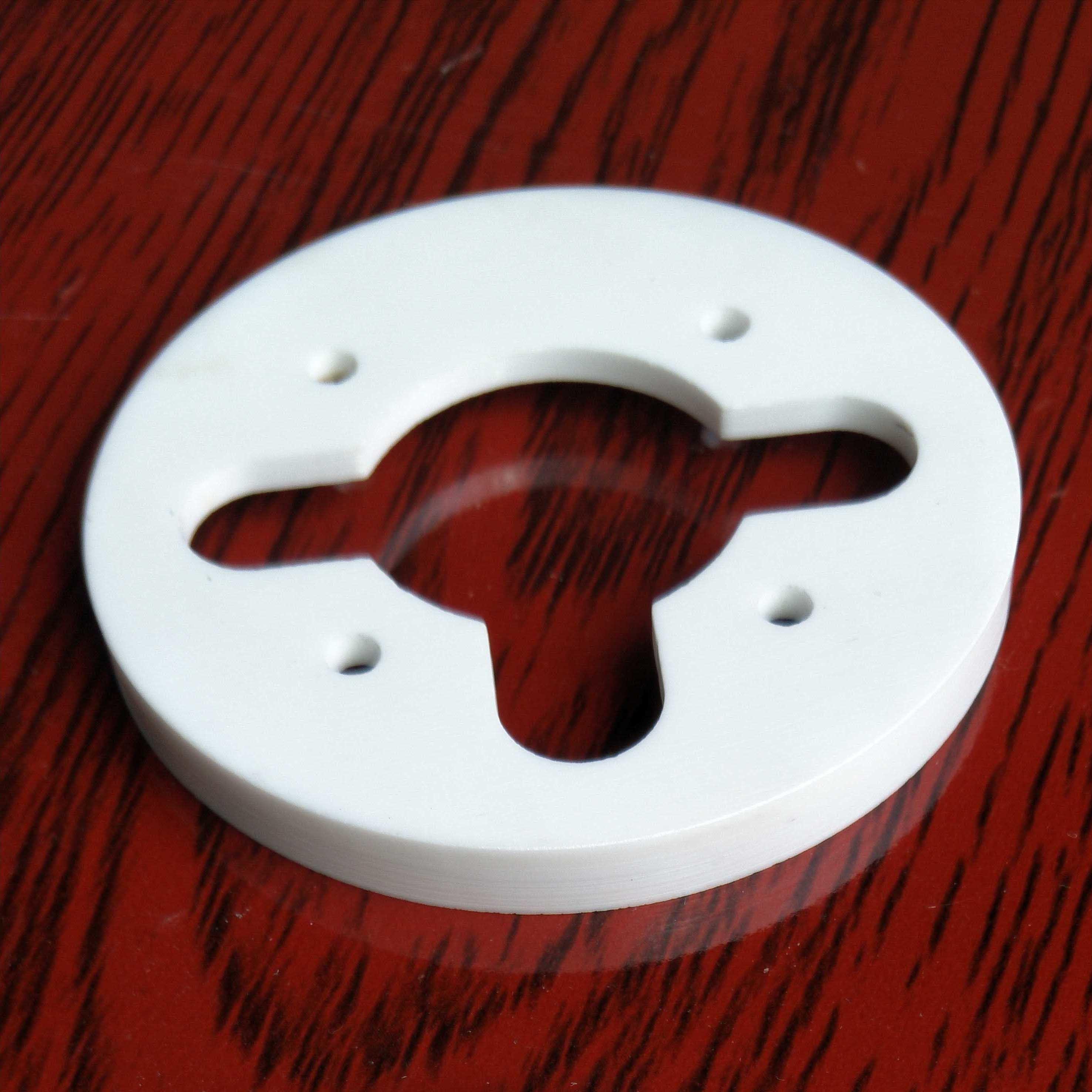 Glazed Alumina Ceramics by SGJ-International l Co., Ltd.)