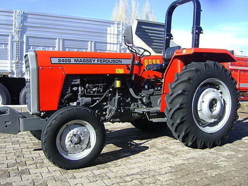 Cheap Massey Ferguson 135 / 165 / 175 / 185 / 188 / 250 / 290 / 385 and other MF Farm Tractors