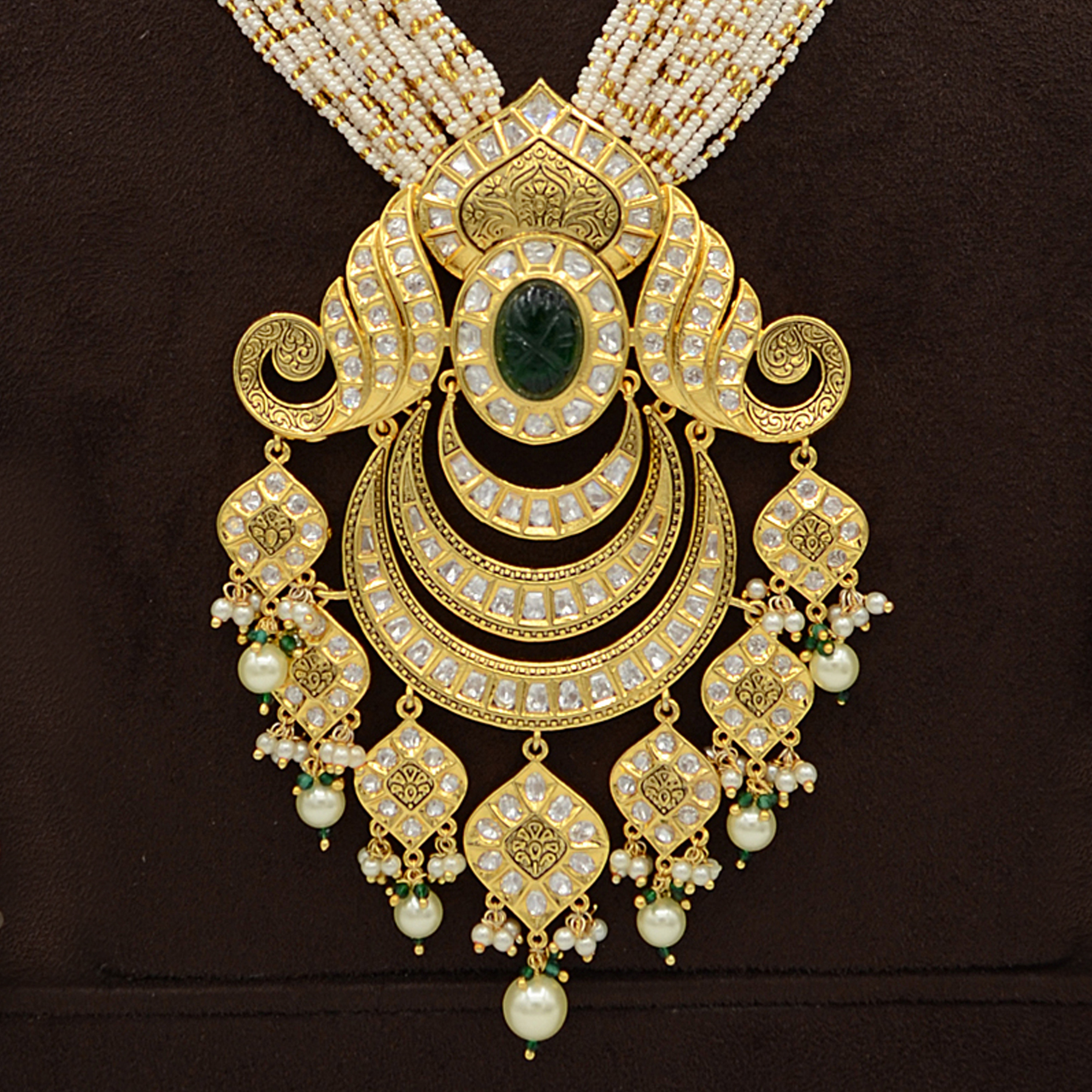 Kundan Pendent Mala Set With Green Stones And Pearl Hangings