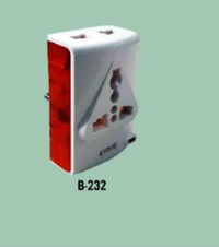 Multiplug With Indicator