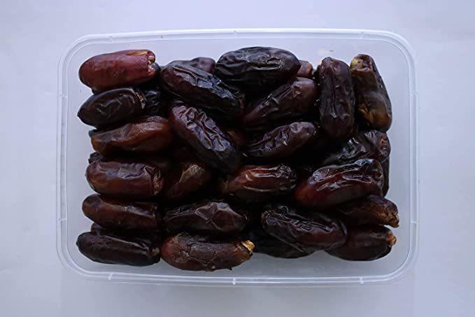 Premium Black Dates