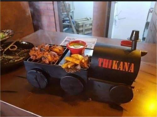 Iron Decorative Snacks Serving Tray