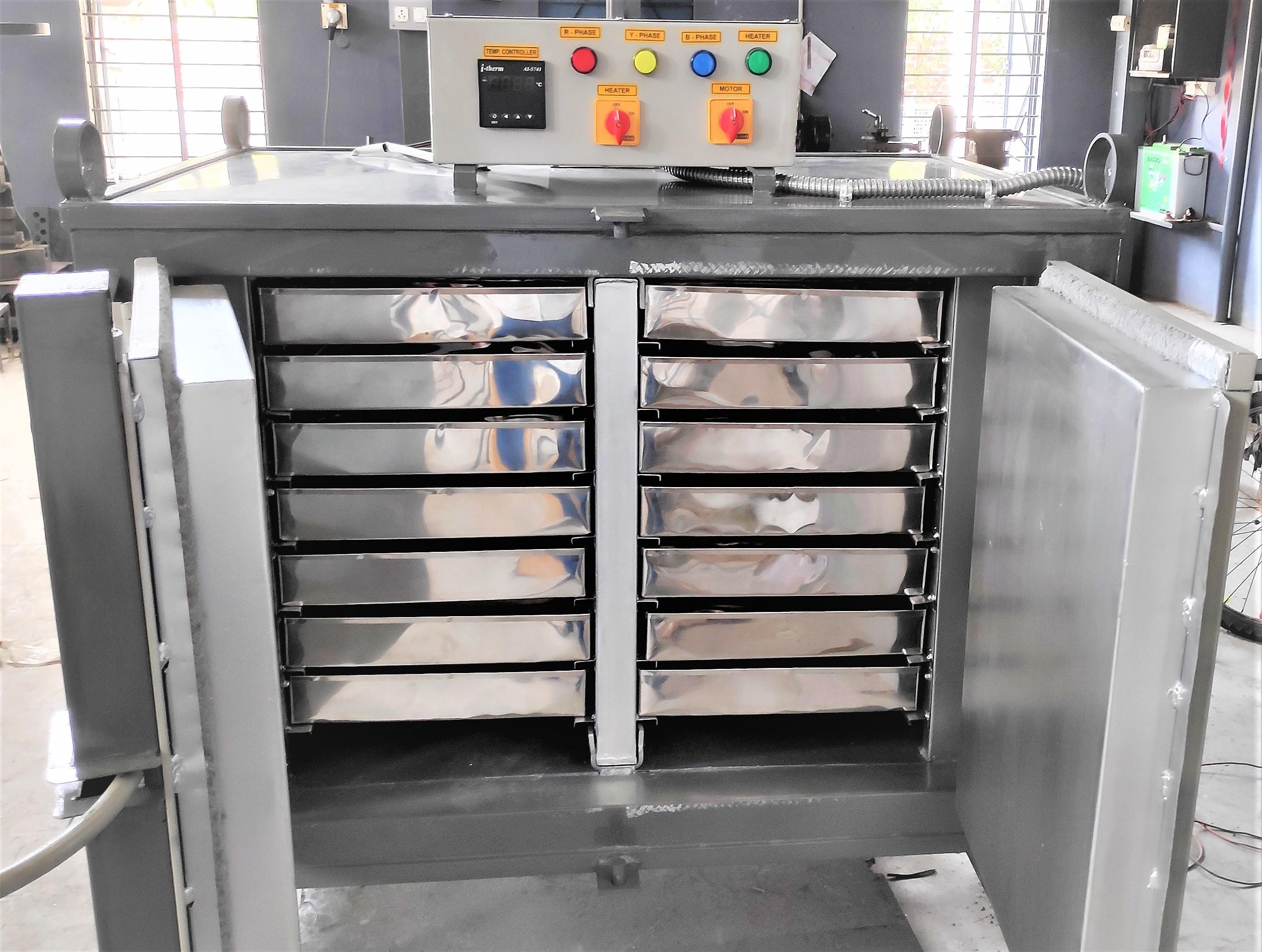 Plastic Preheating Oven