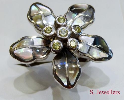 Fancy Designer Ladies Ring