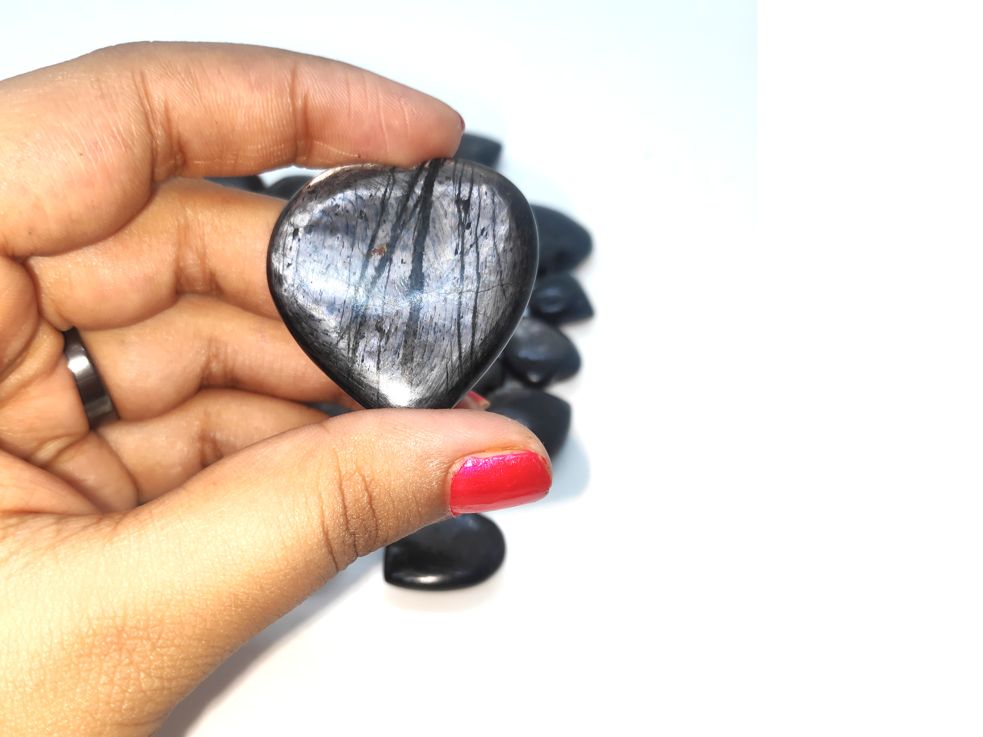 hypersthene hearts Gemstones