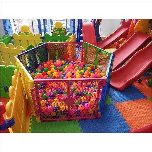 Plastic Ball Pool With Ball